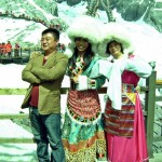 Pinoys in Naxi costume (10)